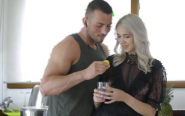 Blonde beauty gets her dose be beneficial to hungry dick nigh a pretty rough show