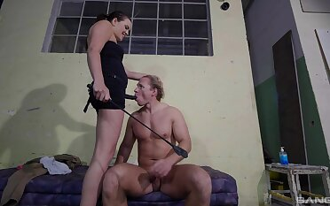 Nude porn in femdom action for submissive flunkey man