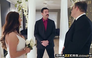 Brazzers - Real Wife Stories -  Its A Wonderful Sex Life sce