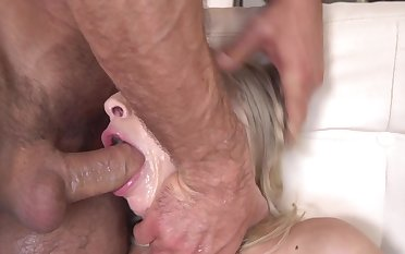 Sexy blonde throated and fucked hard in hot scenery