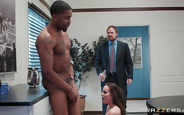 X Abigail Mac enjoys fixed fuck with her boss in be passed on office