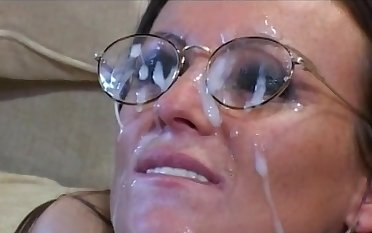 Michelle Banks enjoys double penetration concerning her handsome friends