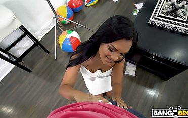 Tanned Brazilian babe Alina Belle gives become successful blowjob and boobjob in hot POV scene