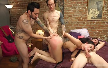 Gangbang party finish with strong cum and that is Roxanne Rae's wish