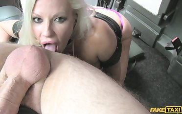 Michelle Thorne pleased alien with hardcore making love