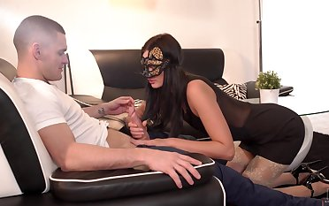 Sexy babe with awesome big spoils Leanne Braid loves doggy banging